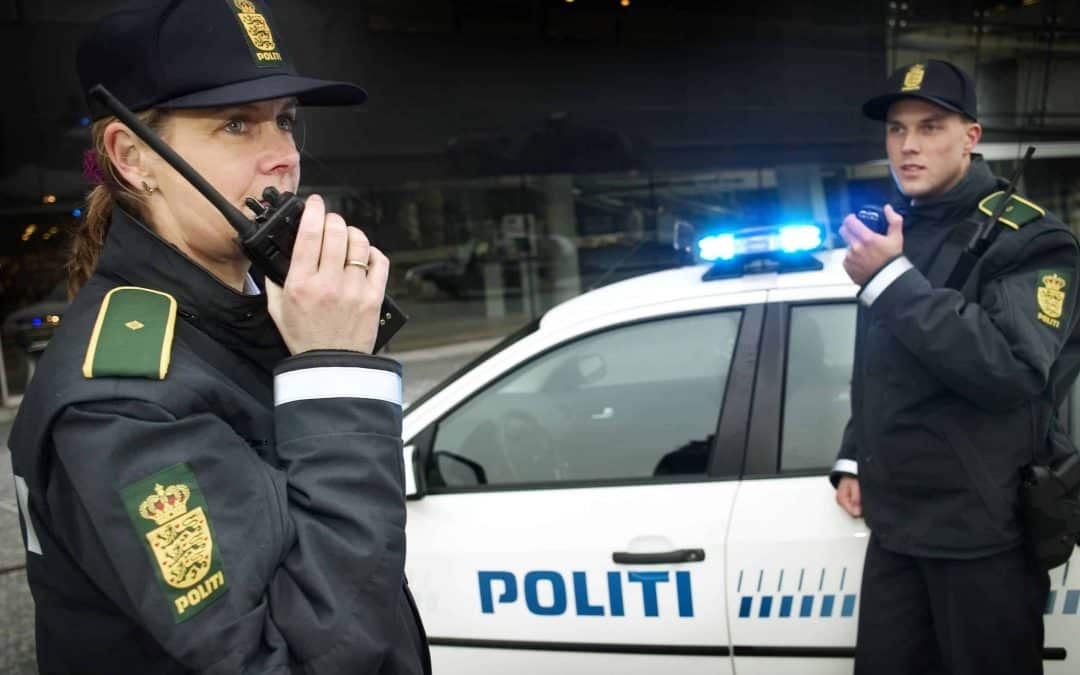 Den godkendte øjenoperation til Politiet